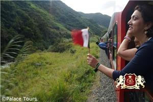 Tren Crucero near Devils Nose