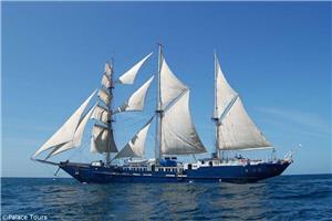 Sailing in the Galapagos