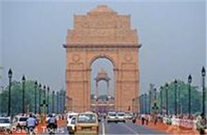 India Gate, one of the first stops on your Golden Triangle tour