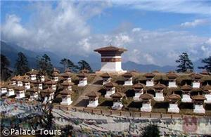 Dochula pass at 3150 meters and the 108 chortens