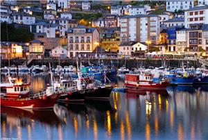 Spend an evening in the quaint fishing town