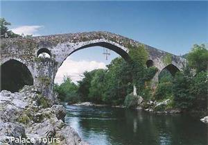 See famous, picturesque sights in Cangas de Onís