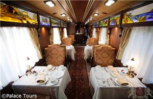 Lounge on board the Gran Lujo