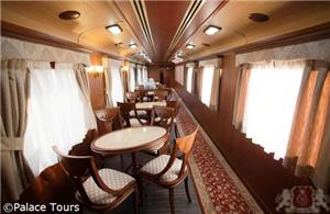 Tea room on board the Gran Lujo
