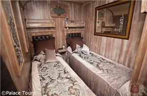 Twin bed suite on board El Transcantabrico